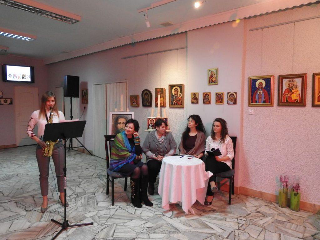 Spotkanie z autorkami wystawy ikon  Barbarą Ptaszek i Barbarą Ruchałą